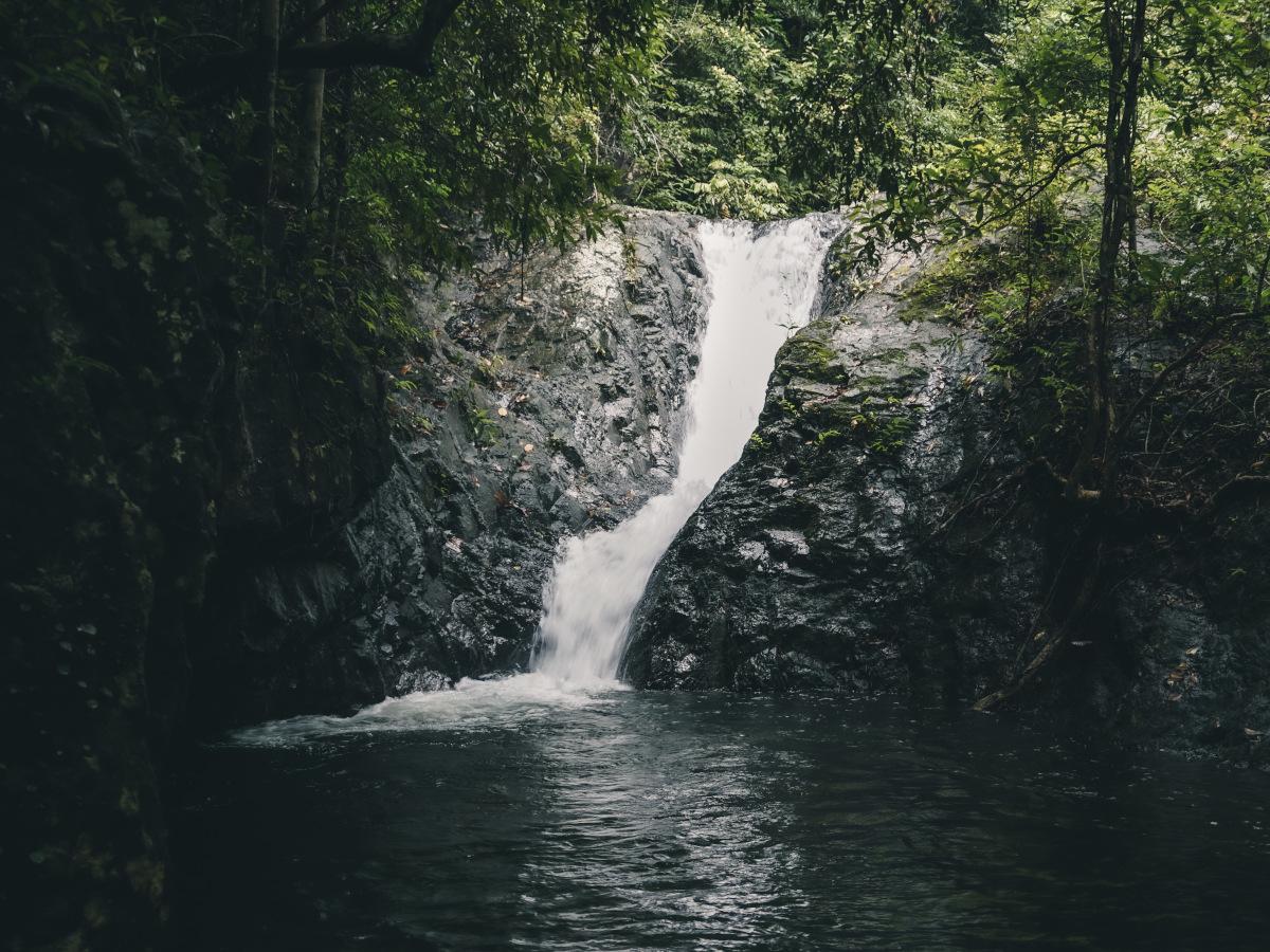jao leuam Waterfall in Koh Chang