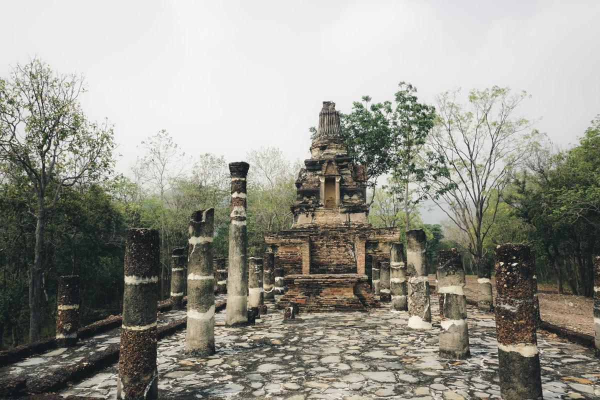 Remote temple near Sukhothai