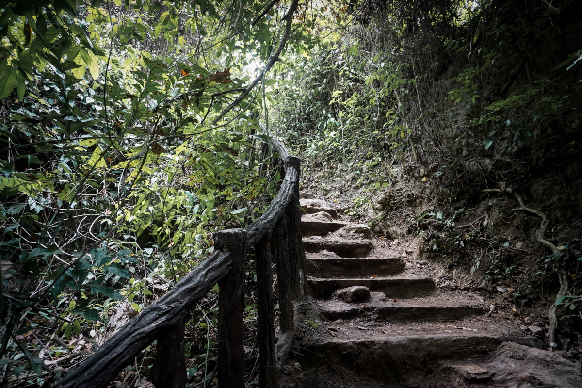 Hiking trail in the Erawan National Park
