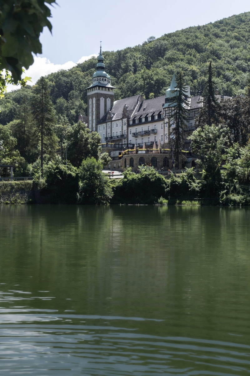 The palace hotel on Lake Hámori